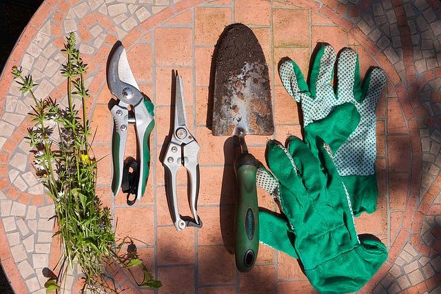 zahradnické nářadí.jpg